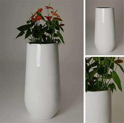 Exklusiv und elegant: Neue Blumenkübel aus Edelstahl und Fiberglas