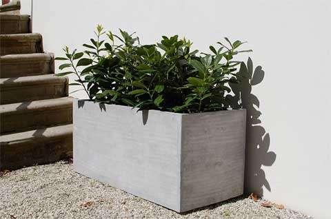 Moderne Pflanzkübel leicht und trendy pflanzkübel aus fiberglas im beton design